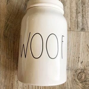 NWOT Rae Dunn Woof Container